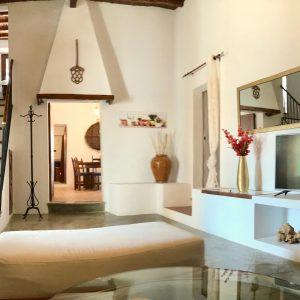 16-livingroom